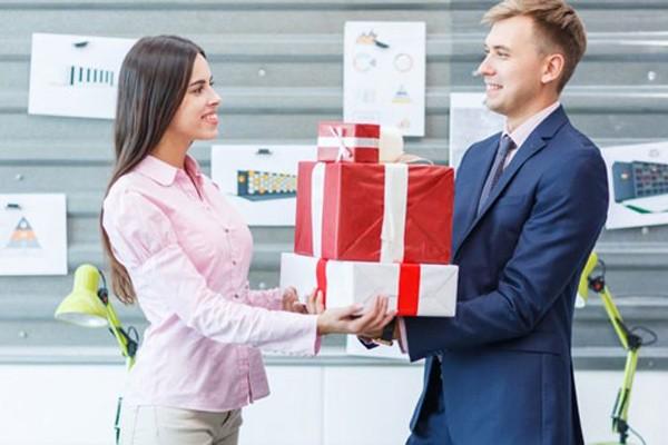 Xu hướng tặng quà tết ý nghĩa dành cho doanh nghiệp với khách hàng